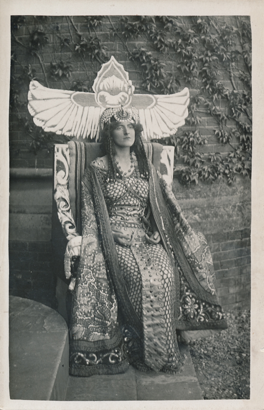 "Dorothy Green as Cleopatra in ""Antony and Cleopatra"""
